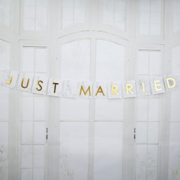 Liten vimpel - Just Married - Scripted Marble