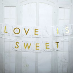 Vimpel - Love is sweet - Scripted Marble